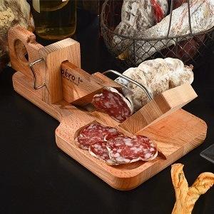 Des rondelles parfaites réalisés avec la guillotine à saucisson So Apero