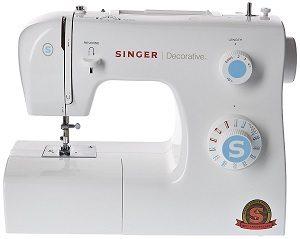 Simple mais efficace, la machine à coudre Singer